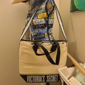Victoria secret 2 in 1 tote and removable bag